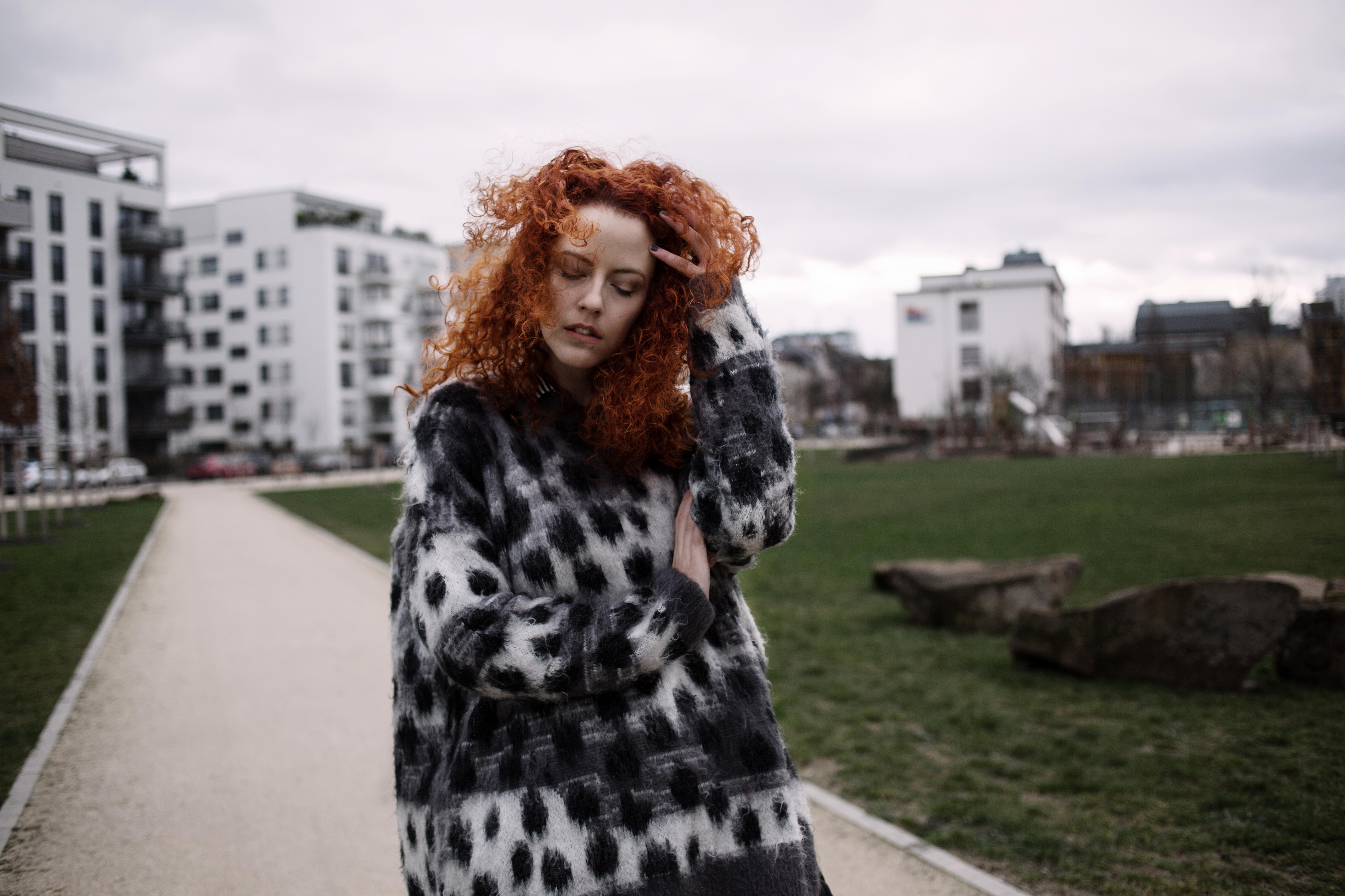 deliah alexandra annette zer outfit of the day look leather pants redhead redhair