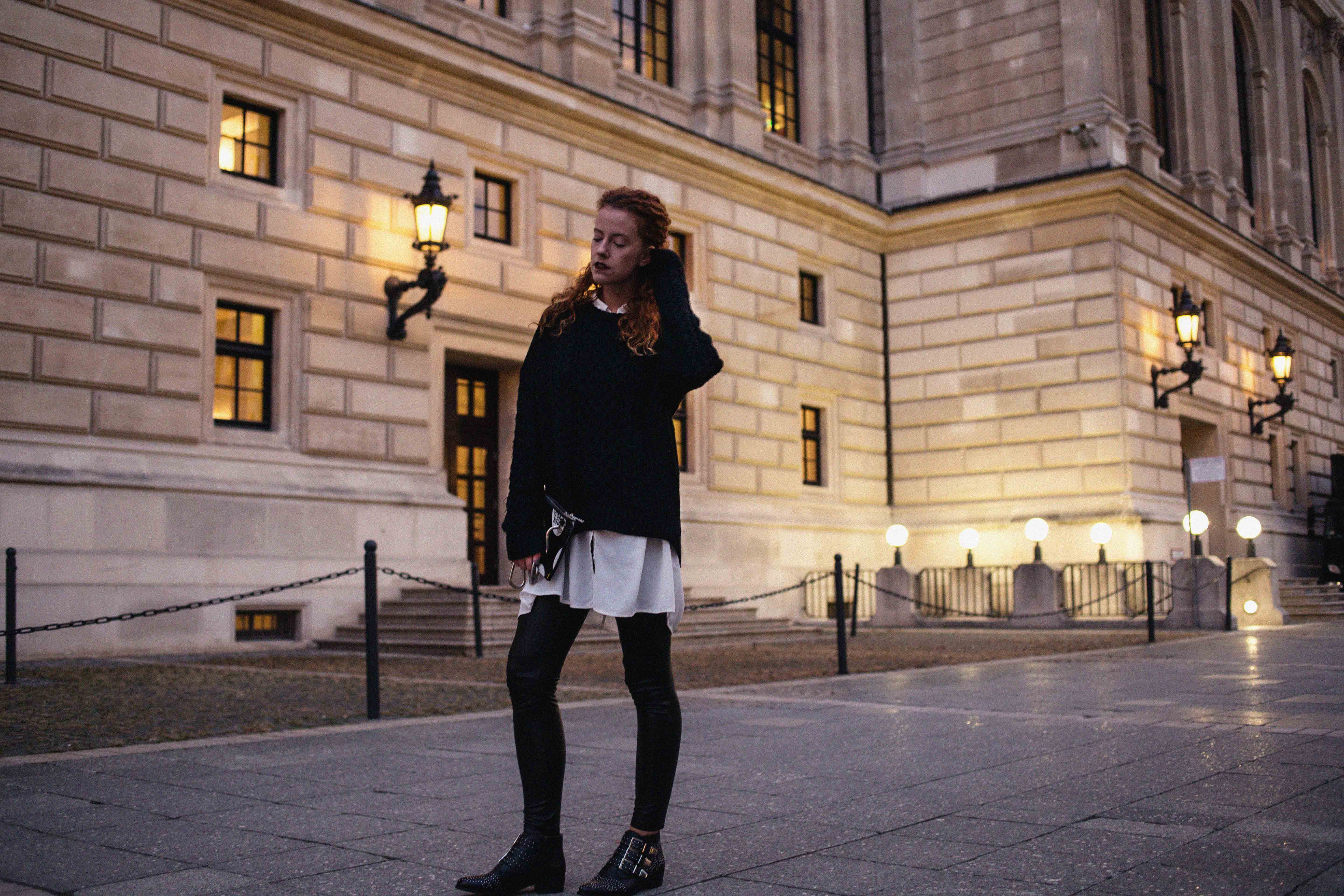 outfit blogger frankfurt ootd lookbook look thecurledgirl the curled girl autumn inspiration herbst sacha stiefeletten boots pullover layering 5preview curls ffm mode fashion frankfurt