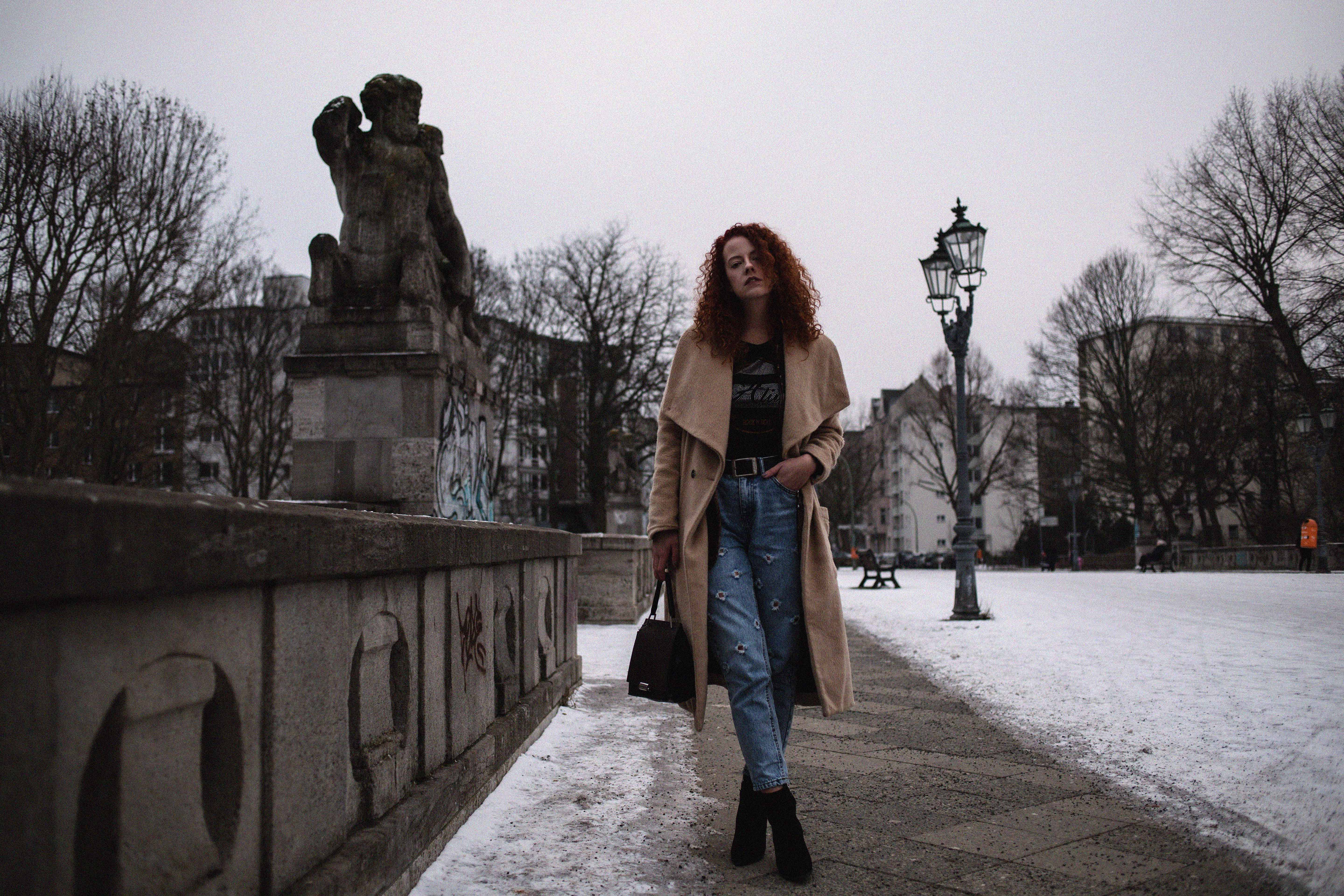 fashion week berlin mercedes benz mbfw outfit streetstyle inspiration blogger fashionblogger fashion mode looks look frankfurt blogger inspo deliah eckhardt the curled girl