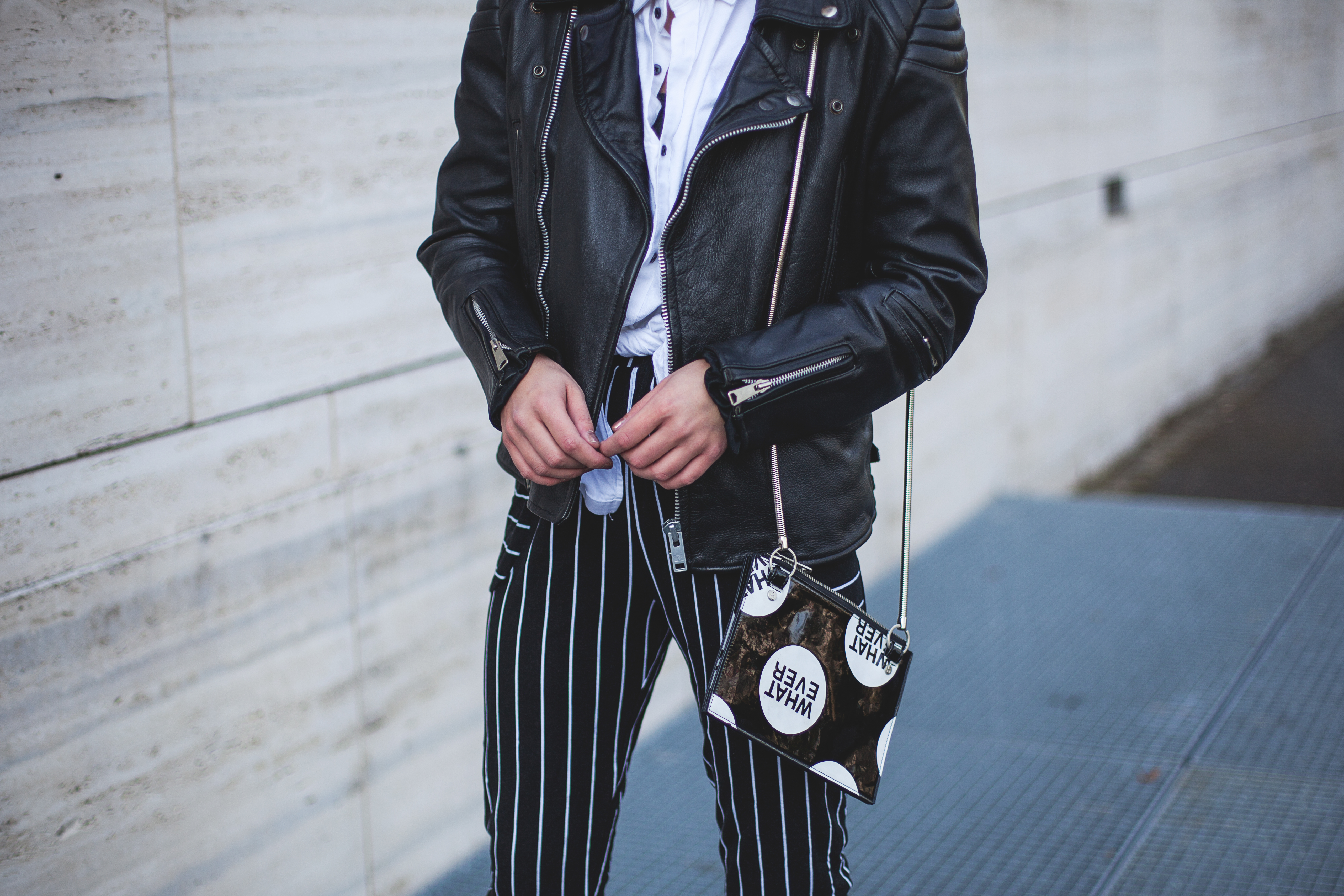 outfit fashionblogger modeblogger mode blog frankfurt berlin thecurledgirl the curled girl deliah alexandra leather jacket vintage oversize edgy ootd streetstyle